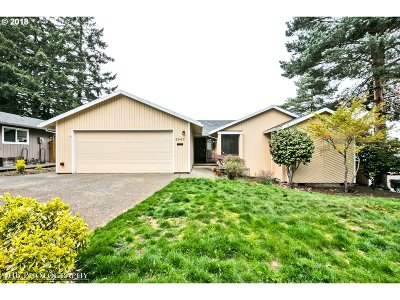 Beaverton Single Family Home For Sale: 6545 SW 175th Ave