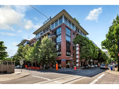 Portland Condo/Townhouse For Sale: 1030 NW Johnson St #519