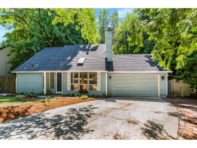 West Linn Single Family Home For Sale: 1327 Tamarisk Dr