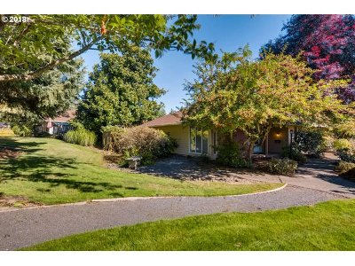 Beaverton Single Family Home For Sale: 5219 SW Barclay Ct