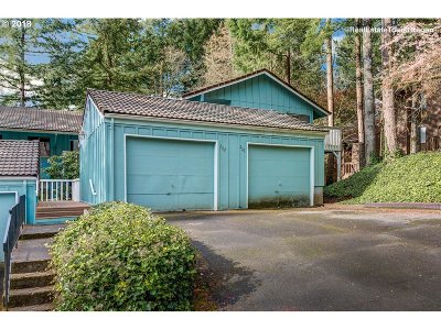 Lake Oswego Condo/Townhouse For Sale: 202 Cervantes