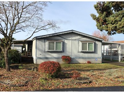 Eugene Single Family Home For Sale: 4800 Barger Dr #95