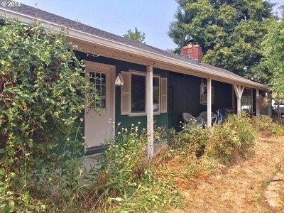 Eugene Single Family Home For Sale: 1920 Norkenzie Rd
