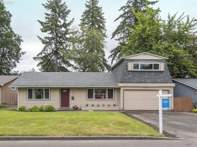 Beaverton Single Family Home For Sale: 230 SW 143rd Ave