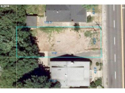 Portland Residential Lots & Land For Sale: 1727 SE Cesar E Chavez Blvd