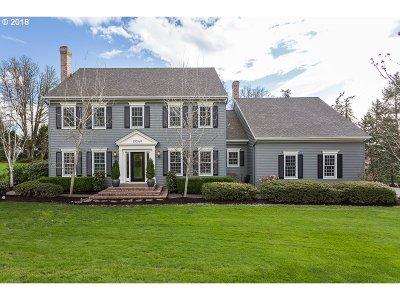 Beaverton Single Family Home For Sale: 19240 SW Pomona Dr