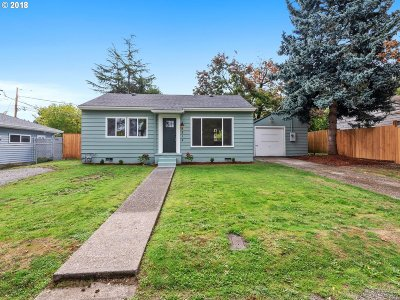 Portland Single Family Home For Sale: 8514 NE Humboldt St