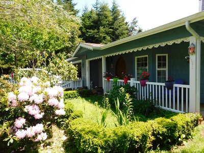 Port Orford Single Family Home For Sale: 151 Thirteenth St