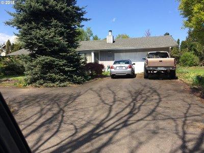 Eugene Single Family Home For Sale: 2666 Ross Ln