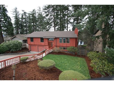 Portland Single Family Home For Sale: 1495 NW 123rd Ave