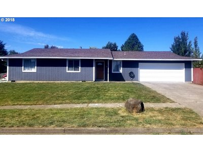 Newberg Single Family Home For Sale: 3101 Middlebrook Dr