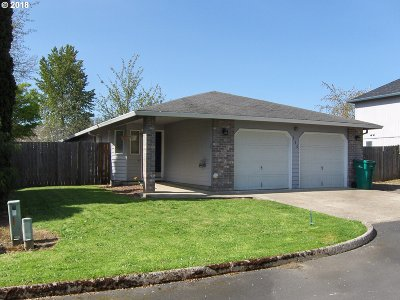 Newberg, Dundee, Mcminnville, Lafayette Single Family Home For Sale: 930 SE Edwards Dr
