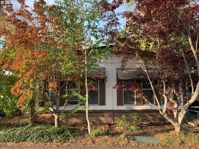 Gresham, Troutdale, Fairview Single Family Home For Sale: 2500 NE 201st Ave