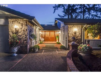 Vancouver Single Family Home For Sale: 209 Dubois Ct