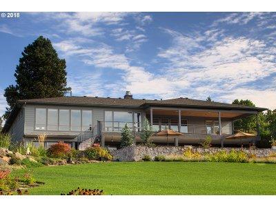 Vancouver Single Family Home For Sale: 6305 SE Riverside Dr