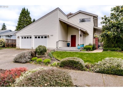 Springfield Single Family Home For Sale: 673 68th Pl