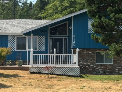 North Bend Single Family Home For Sale: 2120 Madrona