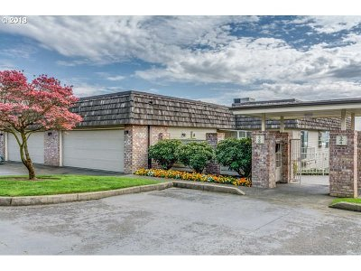 Vancouver Condo/Townhouse For Sale: 6903 SE Riverside Dr #5