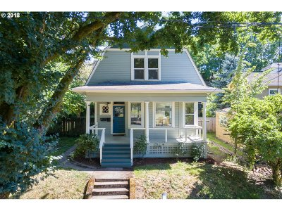 Portland Multi Family Home For Sale: 1724 SE Stark St