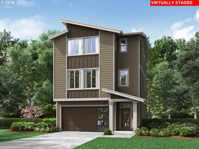 Single Family Home For Sale: 16736 SE Fox Glen Ct