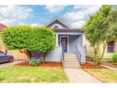 Portland Single Family Home For Sale: 3636 SE Stark St