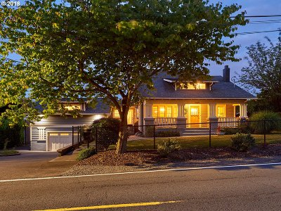Portland Single Family Home For Sale: 4304 NE 112th Ave