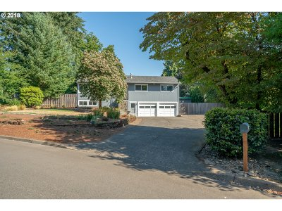 Tualatin Single Family Home For Sale: 9775 SW Killarney Ln