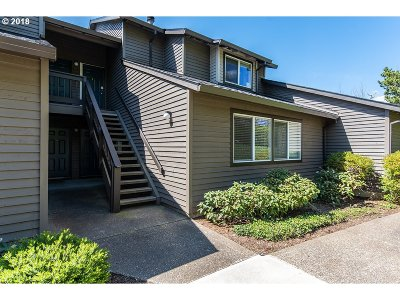 Beaverton Condo/Townhouse For Sale: 9420 SW 146th Ter #3