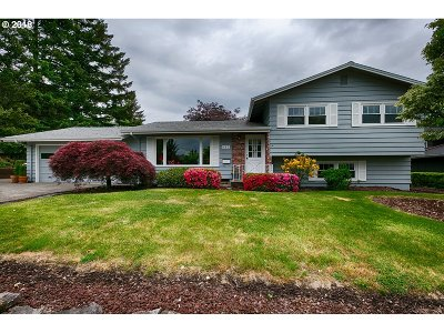 Beaverton Single Family Home For Sale: 630 SW 130th Ave