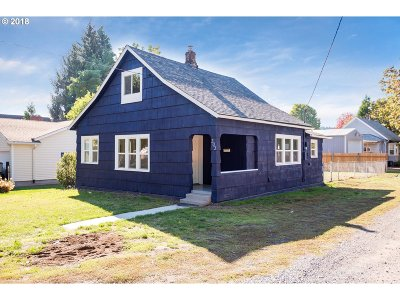 Multnomah County Single Family Home For Sale: 303 SE 88th Ave