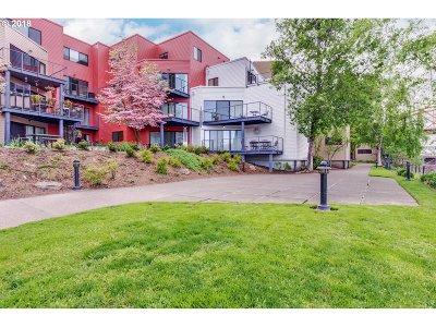 Portland Condo/Townhouse For Sale: 910 NW Naito Pkwy #I6