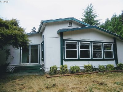 Coquille OR Single Family Home For Sale: $299,500