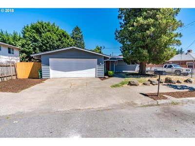 Portland Single Family Home For Sale: 1156 SE 148th Ave