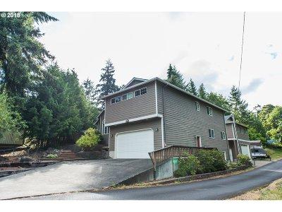 Rainier Single Family Home For Sale: 72610 Dwight St