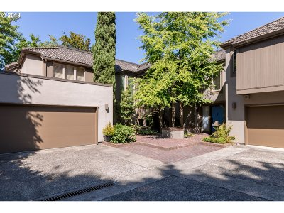 Multnomah County Condo/Townhouse For Sale: 727 NW Westover Ter