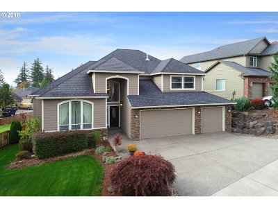 Washougal Single Family Home Bumpable Buyer: 2413 N 3rd St