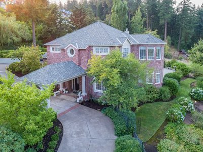 Eugene Single Family Home For Sale: 715 Pine View Ct