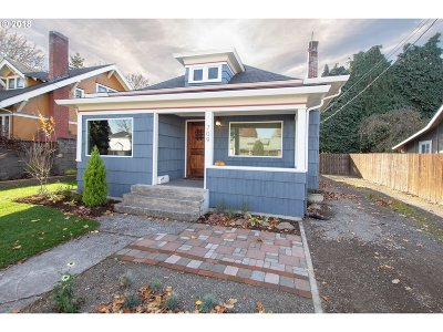 Vancouver Single Family Home For Sale: 709 W Fourth Plain Blvd