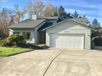 Gresham Single Family Home For Sale: 2061 SW 29th Dr