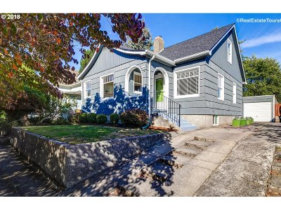 Portland Single Family Home For Sale: 3726 SE 10th Ave