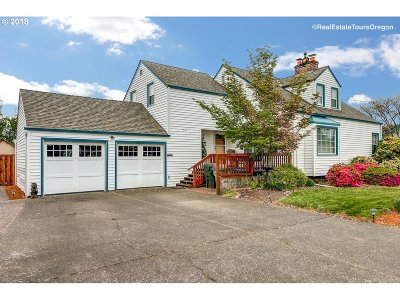 Newberg, Dundee, Mcminnville, Lafayette Single Family Home For Sale: 820 NE 19th St