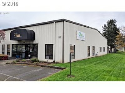 Hillsboro Commercial For Sale: 6615 SE Alexander St