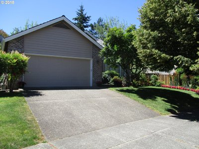 Beaverton Single Family Home For Sale: 11221 SW Pintail Loop