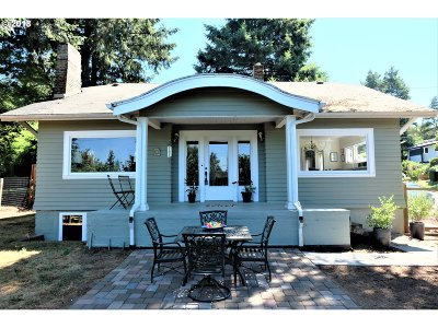 Lake Oswego Single Family Home For Sale: 838 Ash St