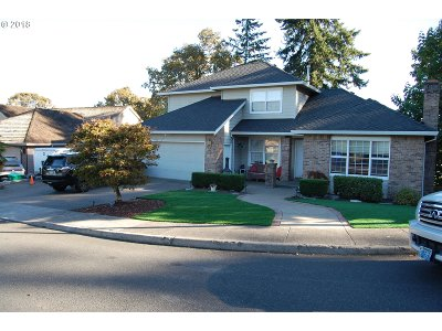 Happy Valley, Clackamas Single Family Home For Sale: 11818 SE Grand Vista Dr