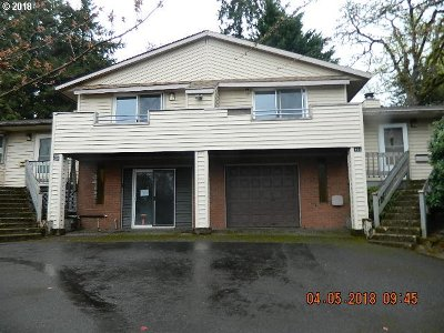 Milwaukie, Gladstone Multi Family Home For Sale: 430 E Hereford St
