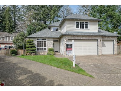 West Linn Single Family Home For Sale: 2300 Michael Dr