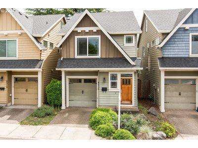 Portland Single Family Home For Sale: 6514 SE 57th Pl