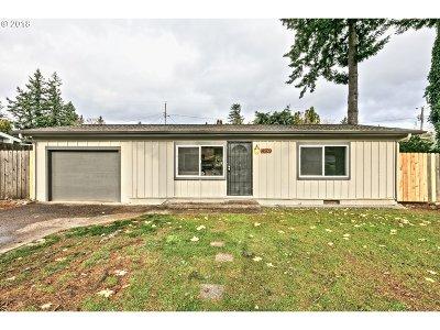Portland Single Family Home For Sale: 14509 SE Stephens St