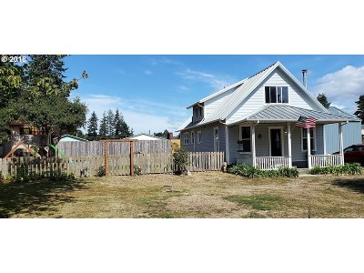 Coos Bay Single Family Home For Sale: 93663 W Mill Ln